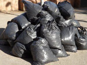 Trash bags facilitate moving