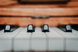 movers Essex County can help you relocate your piano