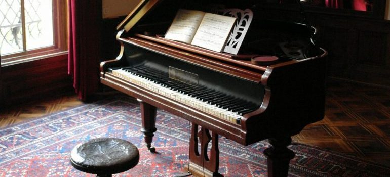 Movers Amesbury offer special services, such as piano relocation.
