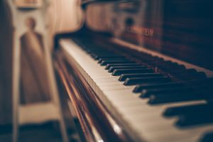 movers Newburyport MA- piano