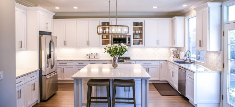 Tidy kitchen is a big plus when you are selling the house in Windham